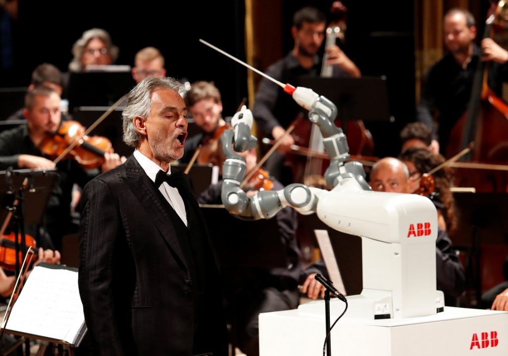 Robot Yumi Director de orquesta