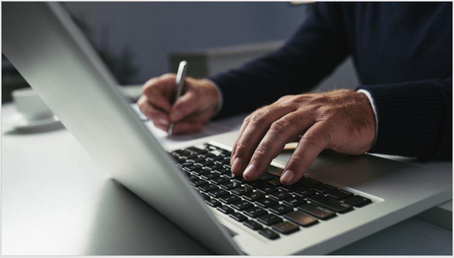Consejos para encontrar trabajo: cómo hacer un buen Curriculum Vitae